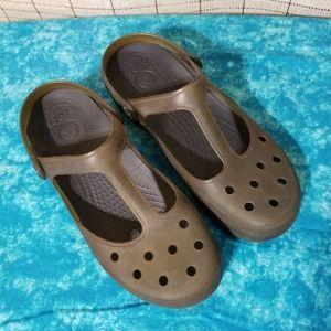 Crocs Carlie T-Strap Mule Clogs